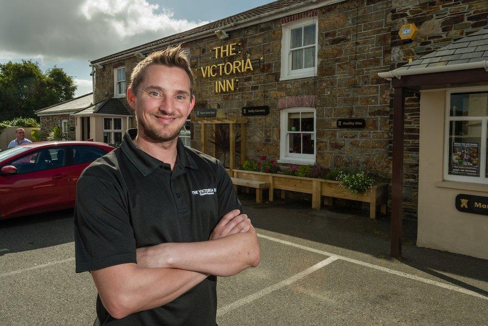 Mark Holden, Inn Cornwall